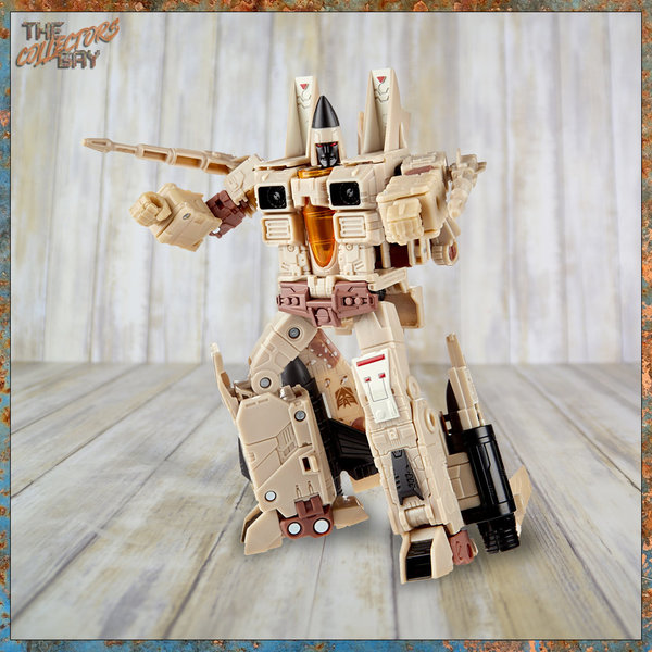 Hasbro Generations Selects War for Cybertron Decepticon Sandstorm (Voyager Class)